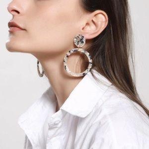 Tan/Black Acrylic Marble Shell Round Drop Earrings